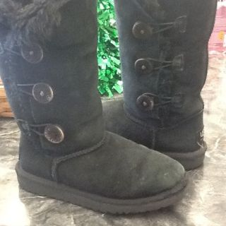 UGG Boots Auth Bailey Button Classic Tall Kids Black Color Sz 13