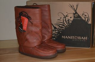 New Handcrafted Manitobah Mukluks Boot Brown Womens 9M Mens 7 Leather