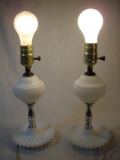 Vintage Pair of Hobnail Bedside Vanity Table Lamps