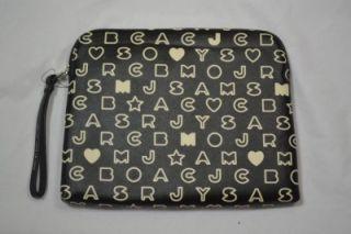 MARC BY MARC JACOBS EAZY Tech Zip Wristlet Tablet Laptop Case Vinyl