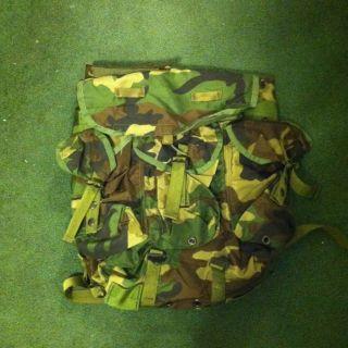 ELECTRONIC COMMUNICATIONS EQUIPMENT CASE BACKPACK USMC ARMY MARINE