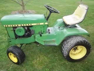 JOHN DEERE 140 H1 W/ 48 MOWER DECK GREAT RESTORATION PIECE DECENT