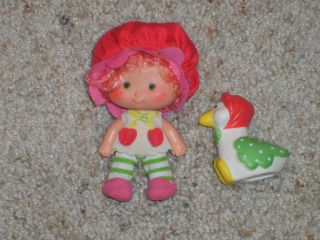 Strawberry Shortcakes Cherry Cuddler Gooseberry Private Collection