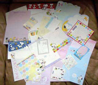 Lot of 30 Sheets Snoopy Peanuts Stationery Stationary Memo Sheets
