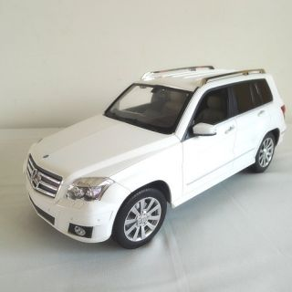 Official Licensed Mercedes Benz GLK Class RC Car White