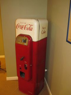 Vintage Model 44 Coca Cola Machine