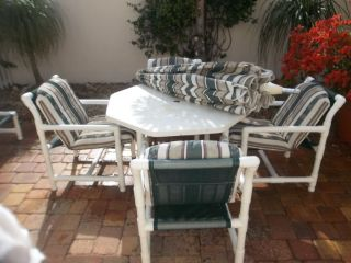 Furniture Set 4 Chairs Table Umbrella LOCAL PICK UP MELBOURNE BEACH FL