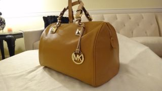 New Michael Kors Grayson Large Satchel Tan $348 Beautiful