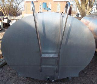 Mueller OH71372 2000 Gallon Stainless Steel Bulk Milk Tank