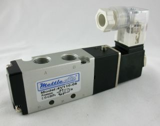 Ports 4 Way 2 Position Single Solenoid 1/8 NPT 110V AC Pneumatic