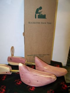 NEW ROCHESTER 8811 ladies CEDAR WOOD COWBOY BOOT TREES MADE IN USA