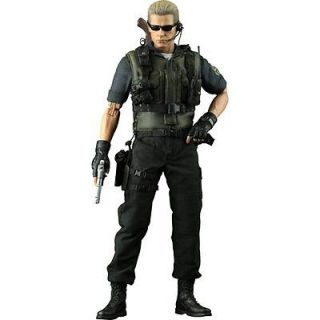 Hot Toys Resident Evil 5 Albert Wesker S.T.A.R.S. Ver. 1/6 Scale