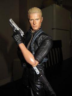 Hot Toys Resident Evil/ Biohazard  Albert Wesker 1/6 Mid Ver. Free