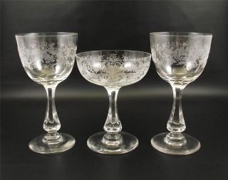 Antique Etched Crystal Glasses~Champa gne & Wine~Etch Scrolls Leaves