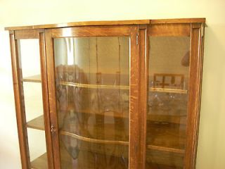 ANTIQUE TIGER OAK CHINA CABINET HUTCH BEVELED GLASS DOOR