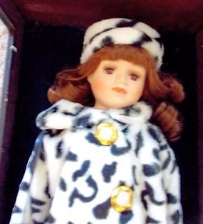 ASHLEY BELLE VINTAGE PORCELAIN DOLL IN WOOD AND GLASS CASE COA LTD ED
