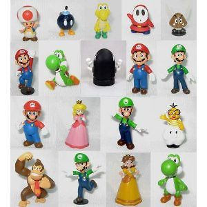Nintendo Mario 18 Figure Set Peach, Mario, Luigi, Goomba, Yoshi   Play