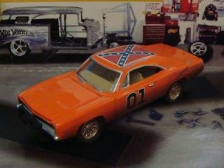 Dukes of Hazzard General Lee 69 Charger 1/64 Scale Ld Ediion 4