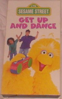 Get Up & Dance Sesame Street Color Elmo Big Bird Run Time 30 Minutes