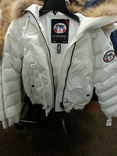 Auth Pajar Canada Goose women in WHITE SMALL only *RARE