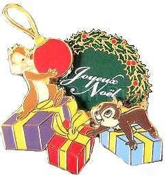 Disney Pin 79680 DLRP   Joyeux Noël 2010 Chip Dale LE 900 DLP Paris