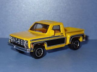 1975 CHEVY STEPSIDE PICKUP TRUCK YELLOW 1/62 SCALE LIMITED HTF CASTING
