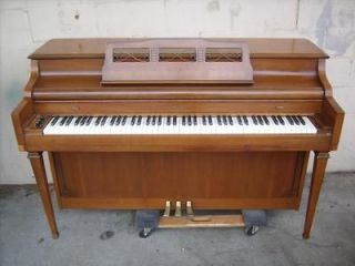 Kimball Piano in Musical Instruments & Gear