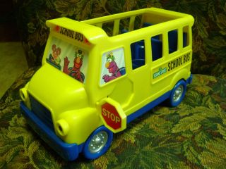 Fisher Price Sesame Street School Bus with Working Door & Stop Sign