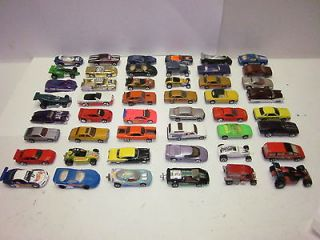 48) VTG MATCHBOX, HOT WHEELS DIECAST METAL MINI CARS RED CARRYING CASE