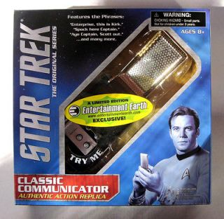 Star Trek Classic Communicator Mint in Sealed Box with working Lights