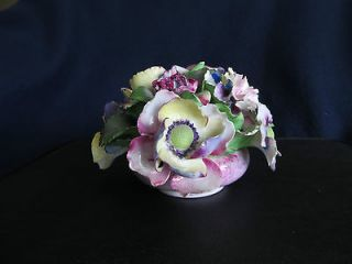 DENTON (ENGLAND) BEST BONE CHINA   HAND MODELLED FLORAL ARRANGEMENT