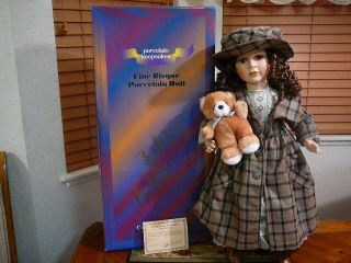 Ashley Belle Tammy  Porcelain Keepsakes Doll Must C