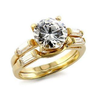 WOMENS BEAUTIFUL GOLD TONE ENGAGEMENT/WED DING SET CZ RING SIZE 8