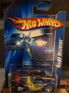Hot Wheels 2007 Dairy Delivery Luna Lu Carded Drkblu
