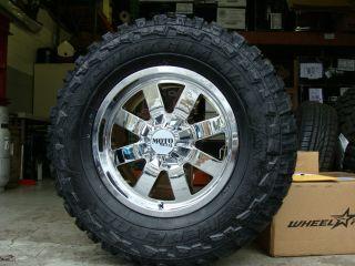 18 Moto Metal 962 Chrome wheels 35x12 50R18 Federal MT 35 tires Dodge