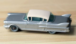 MATCHBOX LESNEY 27 CADILLAC SIXTY SPECIAL RED BOTTOM GRAY WHEELS