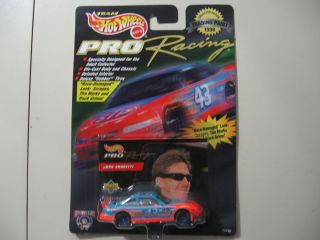 Hot Wheels Pro Racing Trading Paint NASCAR 43 John Andretti Brand New