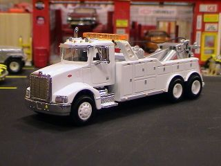 385 Heavy Duty Semi Cab Tow Truck Wrecker 1 64 New White Wheels