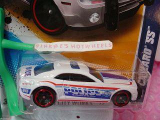 Case J 2012 Hot Wheels Police 10 CAMARO SS 2010 131 Scan white City