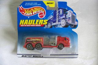New Hot Wheels Haulers Fire Engine Truck 1999 OTR NIP