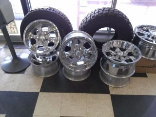 17 x 9 Helo Maxx Chrome Wheels 5 Bolt 4 75 Patern HE791 Fits s 10