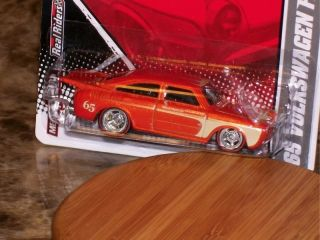 Hot Wheels Garage 65 Volkswagen Fastback