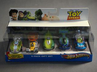 Buzz Lightyear Woody Rex RC Little Green Men Hot Wheels 5 Pack