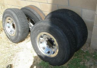 235/85/R16 Four wheels for Ford Truck with wheel covers, 3 good tires