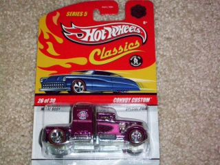 Hot Wheels Classics Custom Convoy Chase Pink