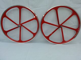 700c FlipFlop Mag Wheels CNC Aerospoke Single Speed Fixie White