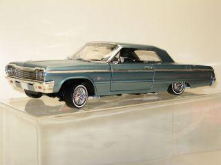 18 Ertl 1964 Chevy Impala Green Hardtop Custom Lowrider