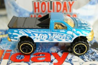 Hot Wheels Holiday 1997 Ford F150 Pickup Blue with Snow Splatter