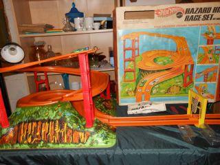 Vintage 1969 Hot Wheels Hazard Hill race set complete with 2 redline