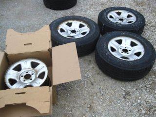 02 03 04 Ford Explorer Rims 16 Tires BFGoodrich Long Trail T A P235
